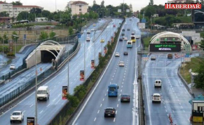 Avrasya Tüneli'nde arıza: Geçişler trafiğe kapatıldı