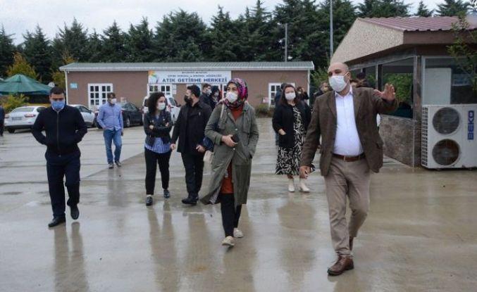 Beylikdüzü'nde örnek merkeze belediye temsilcilerinden ziyaret
