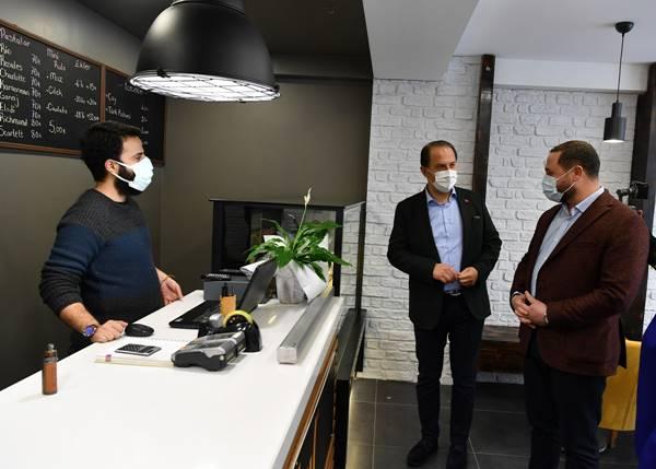 Beylikdüzü Belediye Başkanı Mehmet Murat Çalık: esnafı ziyaret etti