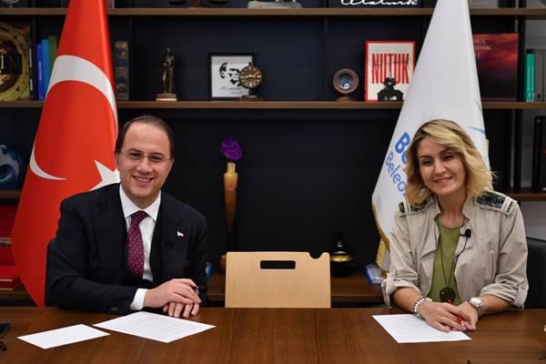 Beylikdüzü Belediye Başkanı Mehmet Murat Çalık: Emekçi kadınlarıyla buluştu